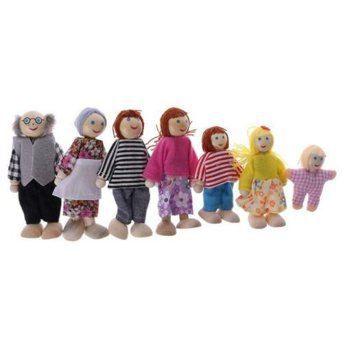 7pcs Happy House Dolls Wooden Figures Dressed Lovely Kids Pretending Toys