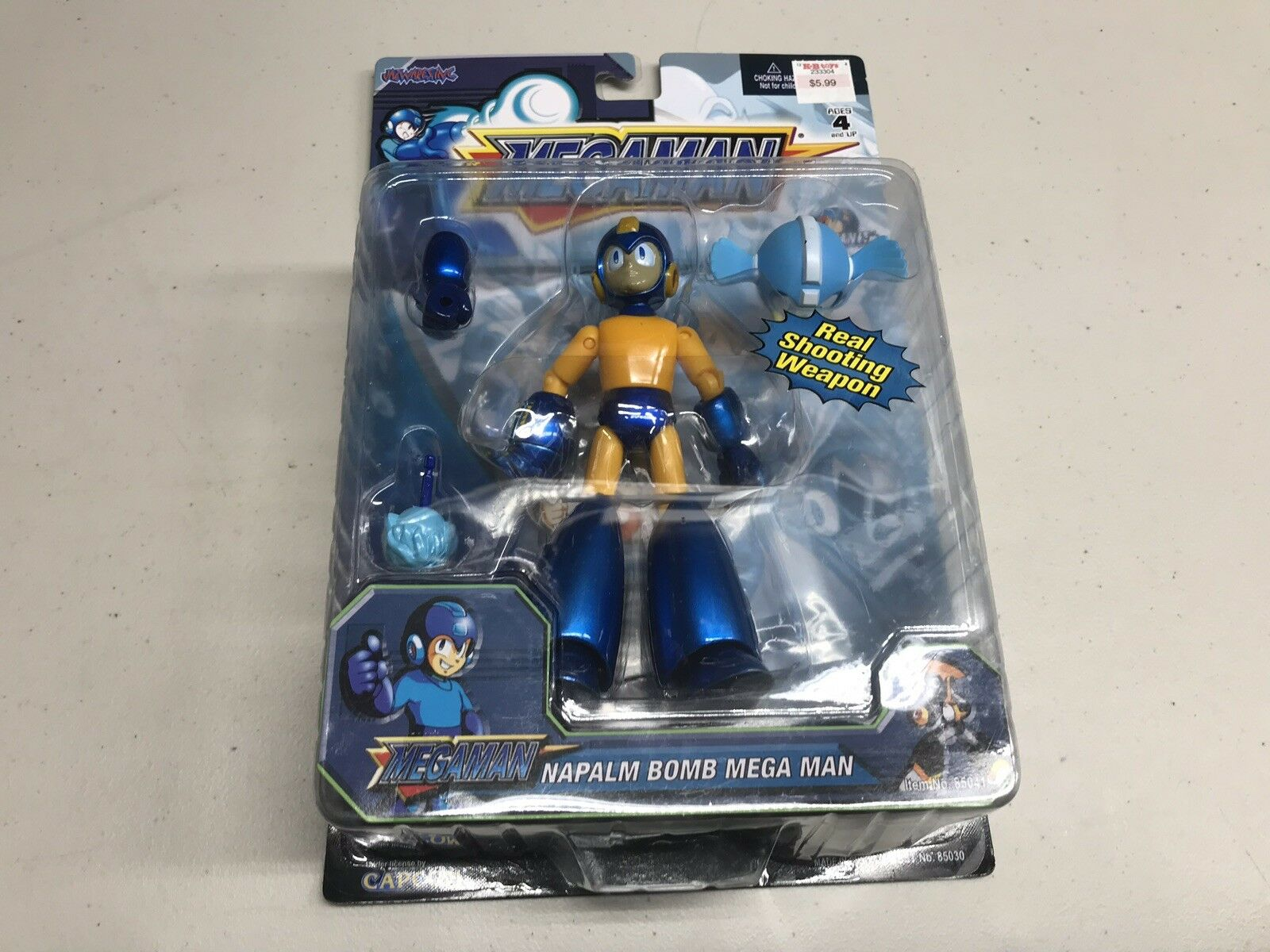 """Mega Man Napalm Bomb Mega Man 6"""" Action Figure"""