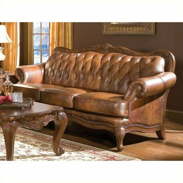 Victoria Traditional Tri Tone Sofa