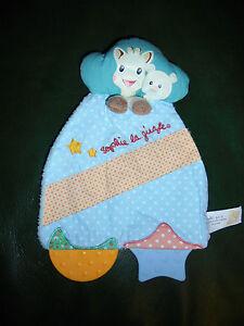 Doudou Plat Vulli Sophie la Girafe Bleu Orange Coin a Mordiller