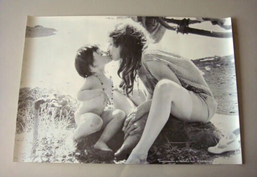 Vintage Pin-Up Poster 1967 Impulse Ronald Fox Mother Child Kiss Baby Lips 1960/'s