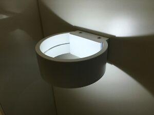 Applique da parete tondo luce muro design moderno lampada