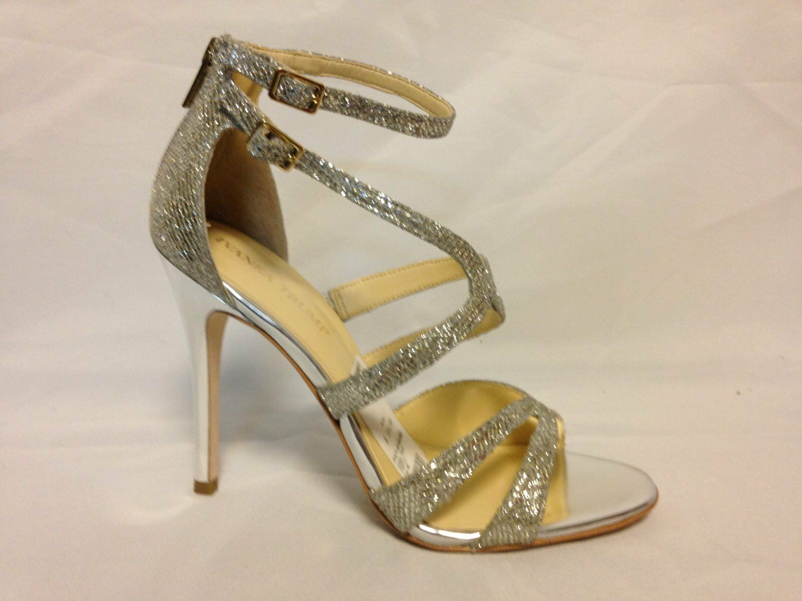 Ivanka Trump Hotis 2 Rhinestone Stiletto Heel Sandale Gold Texture  NEU with Box
