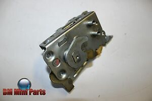 BMW-E23-FRONT-RIGHT-DOOR-CATCH-RHD-NLA-51211848844