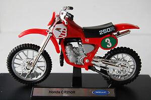 HONDA-CR250R-1-18th-MODEL-MOTORCYCLE