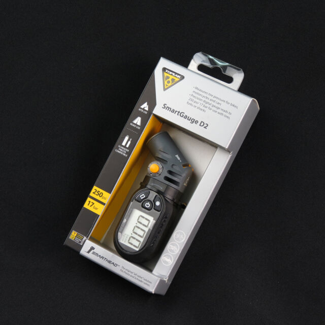 Topeak TSG-02 SmartGauge D2 / Bike Dual-Valve 250psi Digital Tire Pressure Gauge