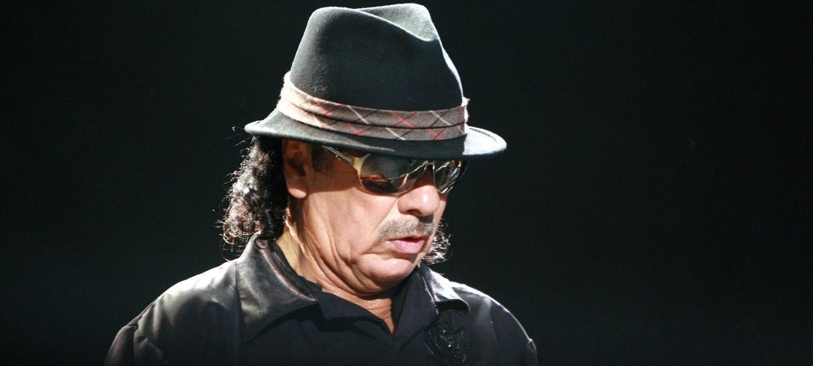 An Intimate Evening with Santana Tickets (18+ Event)