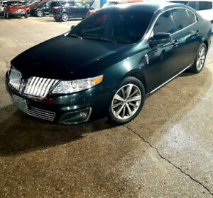 LINCOLN  MKS,  LOW KMs, 2010