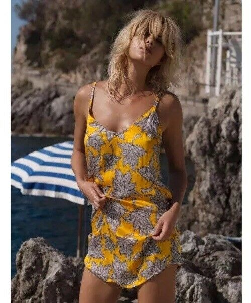 NWT NEW Aila bluee Kiss Kiss Mini Dress size XS Bella Vita Limon Yellow Floral