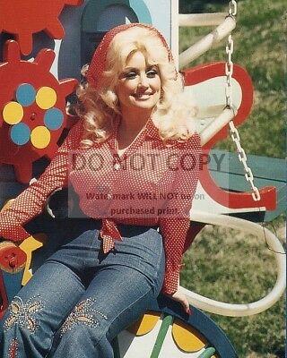 DOLLY PARTON SINGER-SONGWRITER 8X10 PUBLICITY PHOTO EP-586