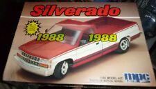 MPC 1988 Chevy Silverado Pickup Truck 2n1 MODEL CAR MOUNTAIN FS ANNUAL
