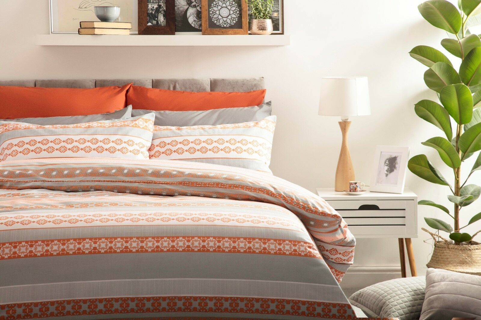 Geometric Rahil Design Duvet Startseite Set in Terracotta Orange & grau SuperKönig