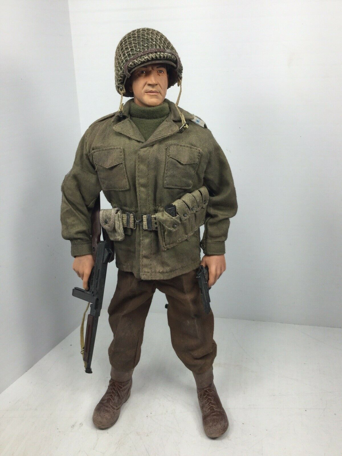 "1 6 DRAGON M.SGT ""BIG-JOE"" TELLY SAVALAS  (KELLY'S HEROES) DRAGON DID BBI WW2"