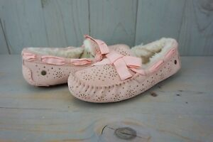 e01d03a0a43 Details about UGG DAKOTA SUNSHINE PERF TROPICAL PEACH SHEEPSKIN WOMENS  SLIPPER US 8 NIB