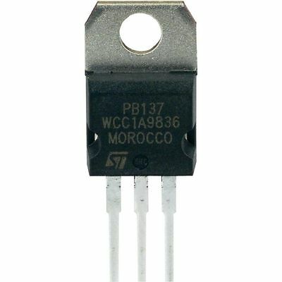 ST PB137 TO-220-3 POSITIVE VOLTAGE REGUALTOR FOR BATTERY
