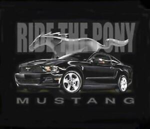 RIDE-THE-PONY-Ford-Mustang-T-Shirt-Late-Model-Black-Mustang-GREAT-DESIGN