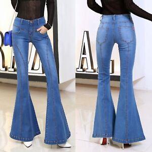 2ade1905c3cfb5 Caricamento dell'immagine in corso Jeans-Donna-Pantaloni-a-Zampa-Larghi- Sotto-Woman-