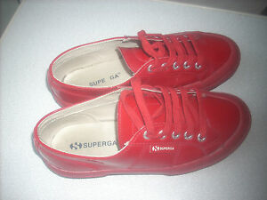 scarpe da ginnastica 37 superga in pelle con lievi difetti leggi....