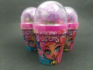 Génial Blossems poupée Blind Box aléatoire 3-Pack