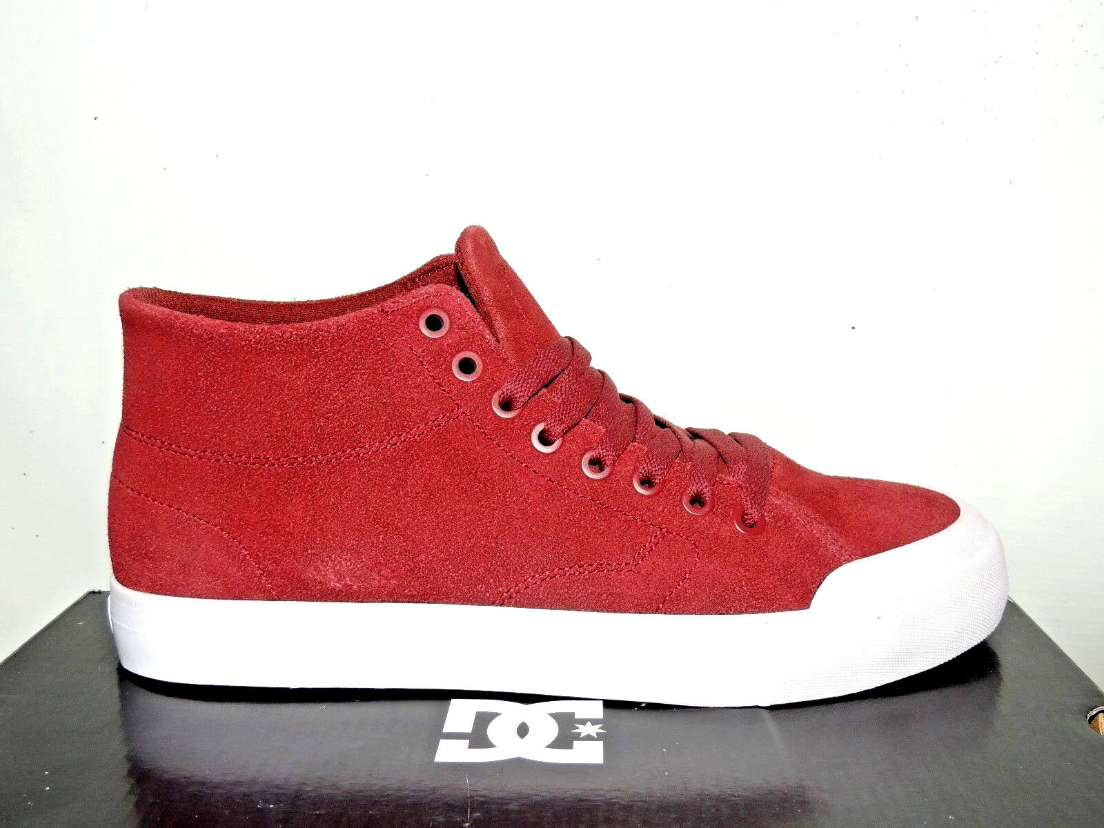 DC BURGUNDY EVAN SMITH HI ZERO BURGUNDY DC SUEDE TRAINERS. BNIB 9d149c