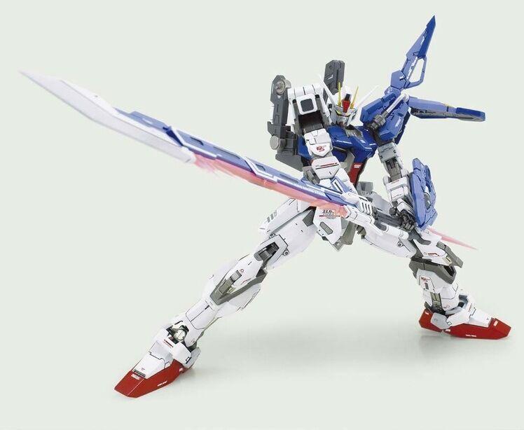 drake Momoko modellllerl 1 100 MG RM GAT -X105 AQM  E -X02 Svärd Strike Gundam
