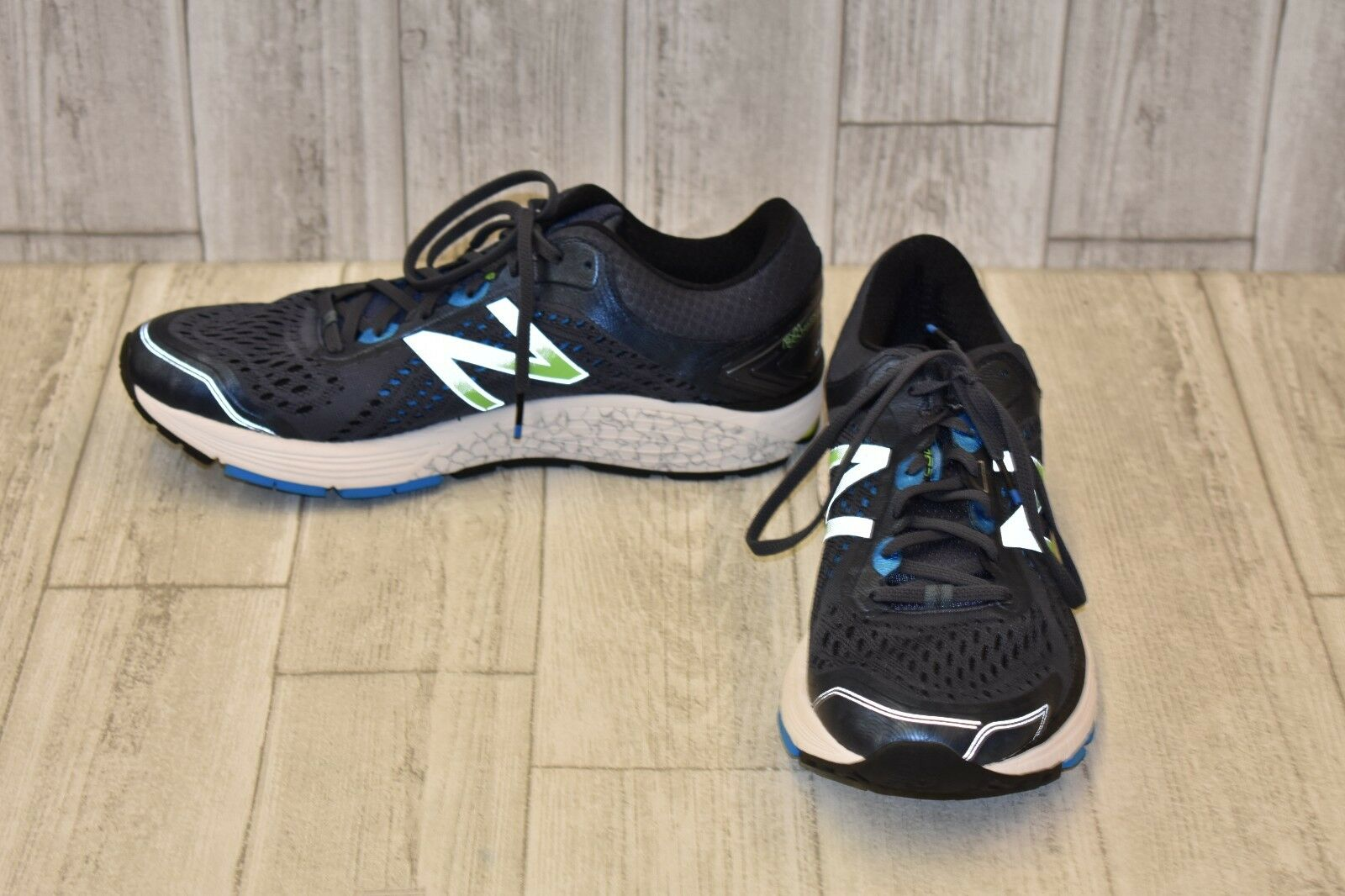 New Balance M1260BB7 Athletic shoes - Men's Size 11 D - Navy Green