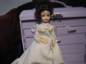 Madame Alexander 10034 Beth039s Trunk Set Doll - Rochester, New York, United States - Madame Alexander 10034 Beth039s Trunk Set Doll - Rochester, New York, United States