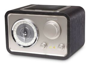 Crosley-Solo-AM-FM-Radio-Retro-Styled-Compact-Stereo-MP3-Plug-In-CR3003A-BK