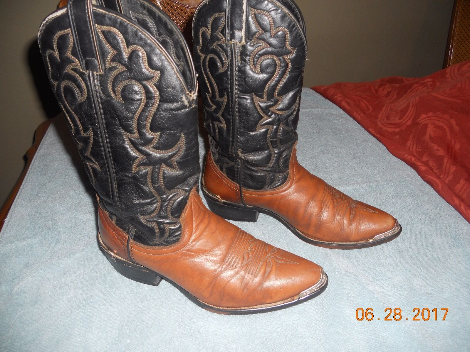 bafb796c3ba WOW MUST MUST MUST SEE !!!!!!MEN S LAREDO brown leather boots size ...