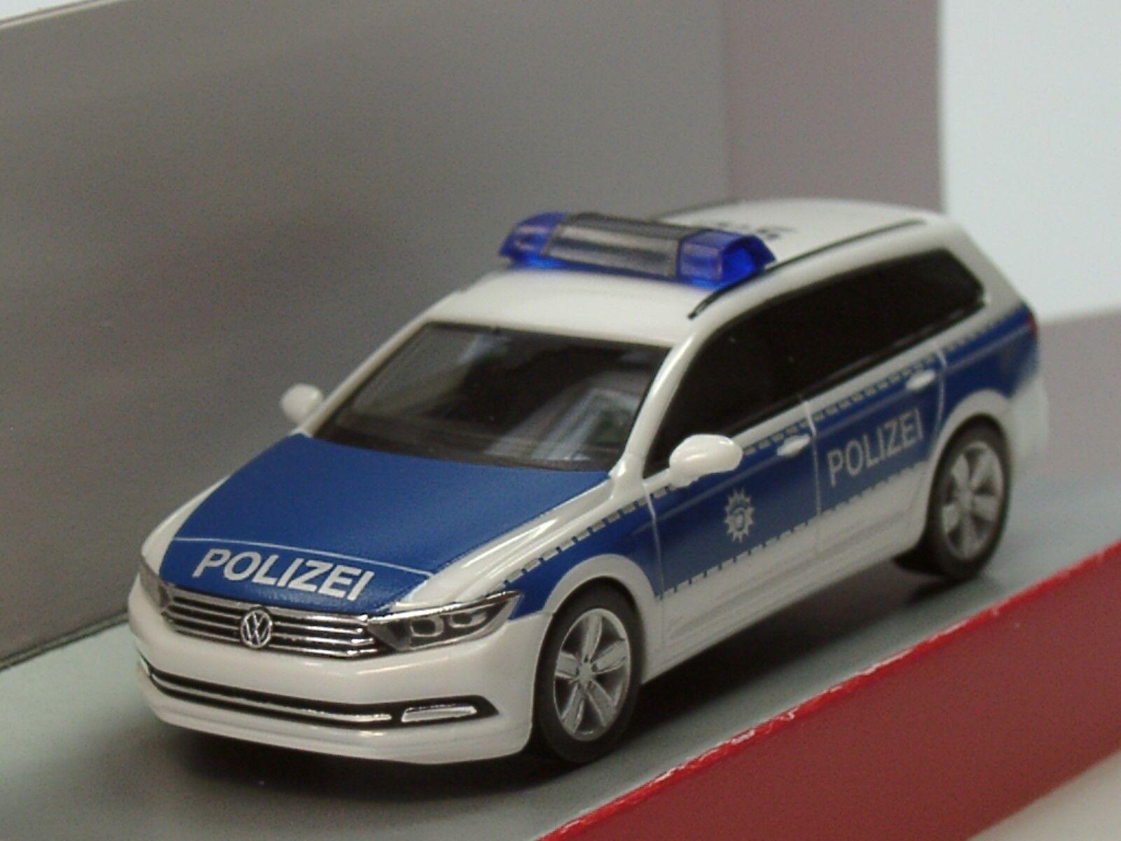 Herpa VW Passat Variant B8 Bundespolizei - Dachkennung  15 910  - 1 87  | Zu verkaufen
