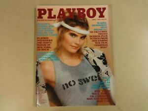 ENGLISH-MAGAZINE-PLAYBOY-APRIL-1982