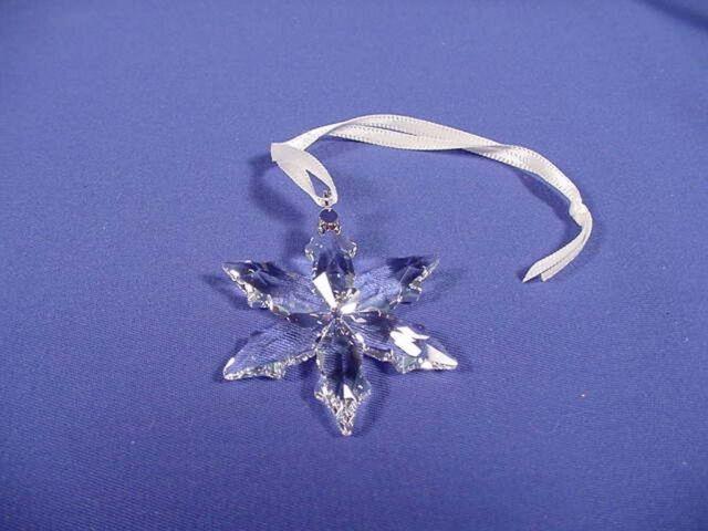 df05ea5f4 2015 Swarovski Annual Little Christmas Ornament Star/snowflake #5100235