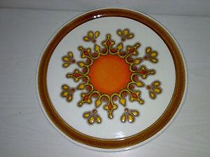 Stylische-Kuchenplatte-Anbietplatte-70s-Fat-Lava-Space-Age-Dia-33-5-cm