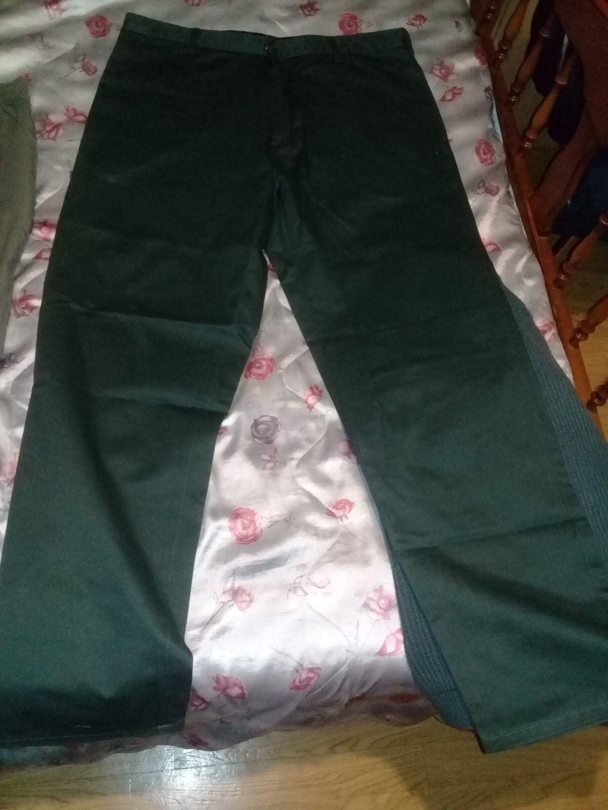 Pantalon RIFTLAND green olive 100% coton size 52