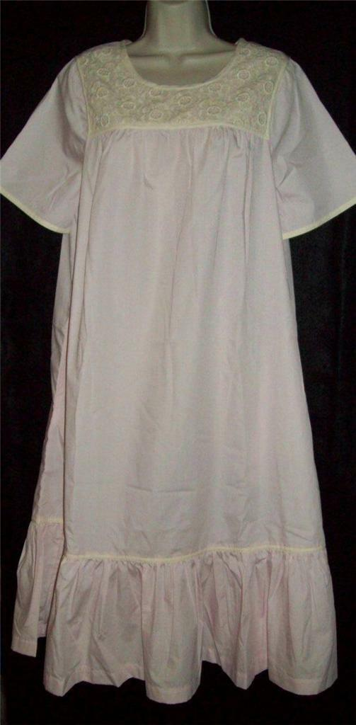 NWT GO SOFTLY HOUSE DRESS MUU CAFTAN DUSTER POPLIN WRINKLE RESIST Rosa S M L