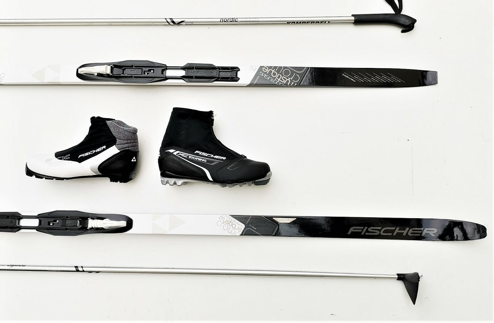 Langlaufski Set Cruising Ski Fischer Mystique Bdg Schuhe Stöcke