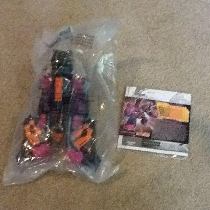 Botcon 2010 Transformers G2 Double Punch (energon Dark Scorponok roteco) MISB