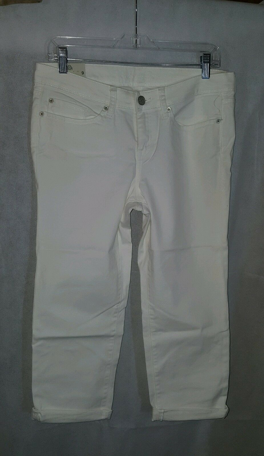 AMERICAN RAG  85 WHITE SZ 9 WOMEN'S COTTON BLEND CASUAL CAPRIS new w tags