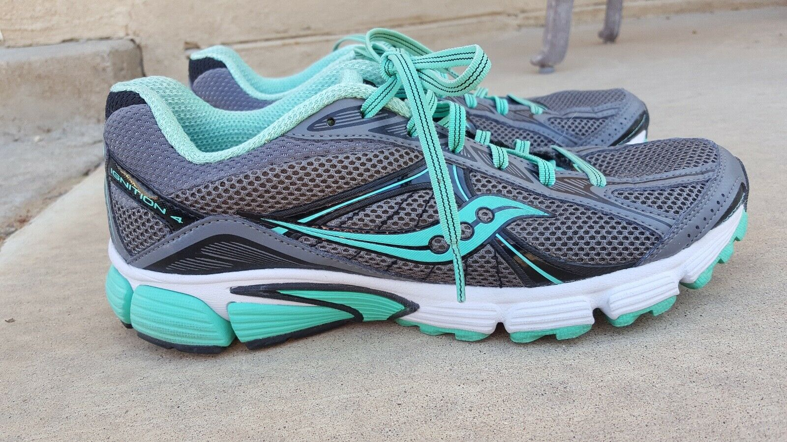 Saucony Ignition 4 shoes for Women