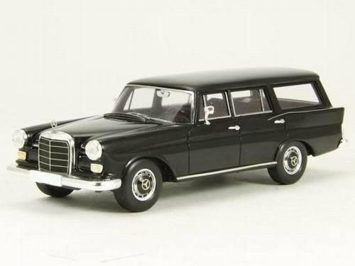 Mercedes 230 W110 Universal Negro Spark Adler Adler Adler 006А 1 43 6f2445