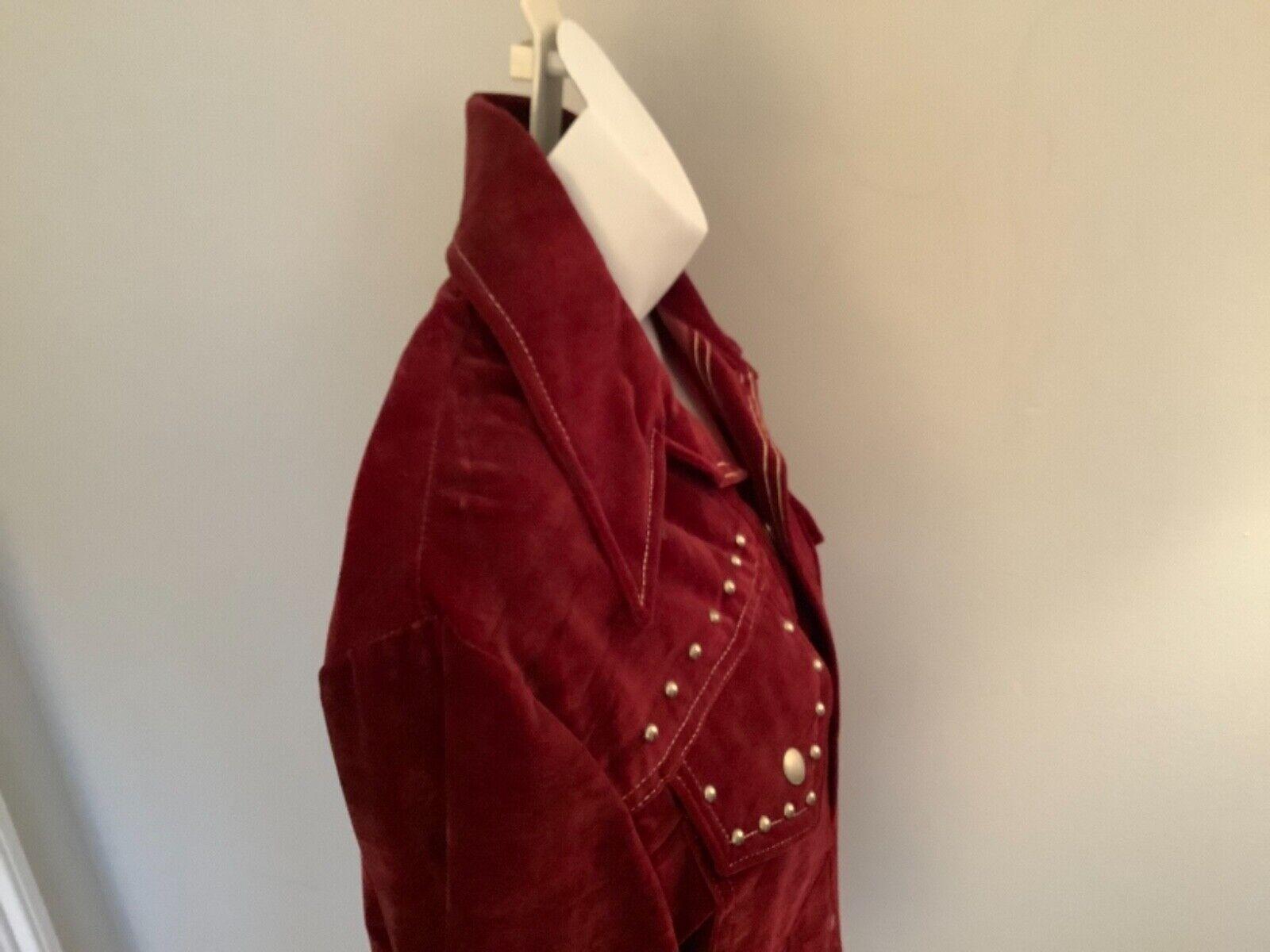 VINTAGE Women's Burgundy Red Velvet Blazer Jacket… - image 5