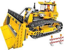 LEGO CITY 7685 Dozer - Construction Bulldozer   COMPLETE WITH MINI FIGURE