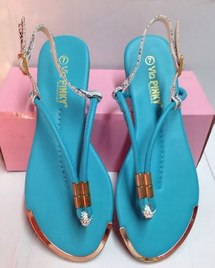 New Turquoise Summer Sandals Phiton Sligback T-Strap Sandals Summer Size 7 e18c79