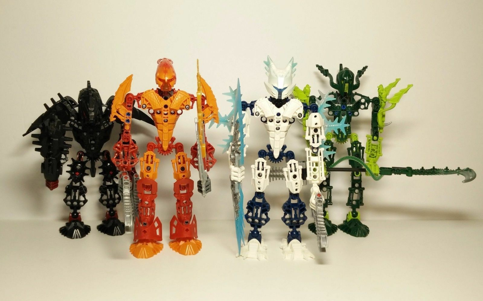 LEGO Bionicle Glatorian Legends Lot of 4  8984 8985 8986 8988
