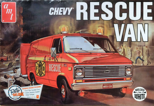 1975 Chevy Rescue Van weiß 1:25 AMT Model Kit Bausatz AMT812 Chevrolet white