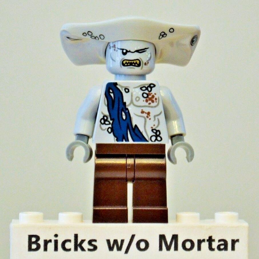 New Genuine LEGO Maccus Minifig Pirates of the Caribbean 4184
