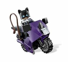 LEGO CATWOMAN Minifigure w/ Catcycle Purple Motorcycle Authentic NEW 6858