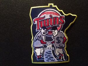 Minnesota-Twins-Patch-Logo-Piece-of-Metrodome-Roof-Puckett-Mauer-Blyleven