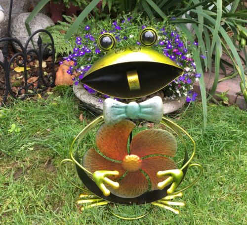 Colourful Metal Garden Frog Pond Sculpture  with Windmill Feature 61253