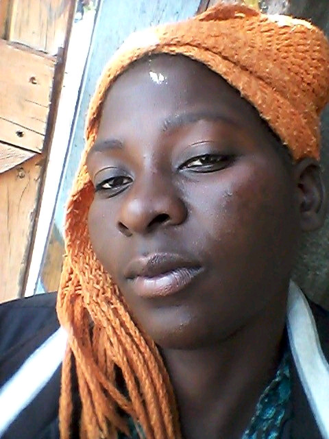 ZIMBABWE LADY LOOKING FOR STAY IN/STAY OUT /CHARS
